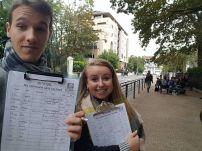 En action à Pau pour faire signer la pétition #MaCommuneSansRacistes