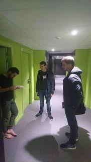 En porte à porte #MaCommuneSansRacistes en Cité U avec notre suivi Jonathan