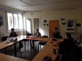 En AG à Pau, suite à la victoire de Benoît Hamon aux primaires de la gauche